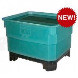 Большой пластиковый контейнер для хранения пищевых продуктов